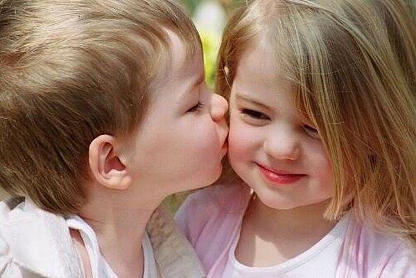 Способность ребенка любить тесно